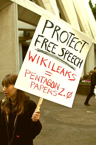 Protect_Free_speech_WikiLeaks_equals_Pentagon_Papers_2_point_0
